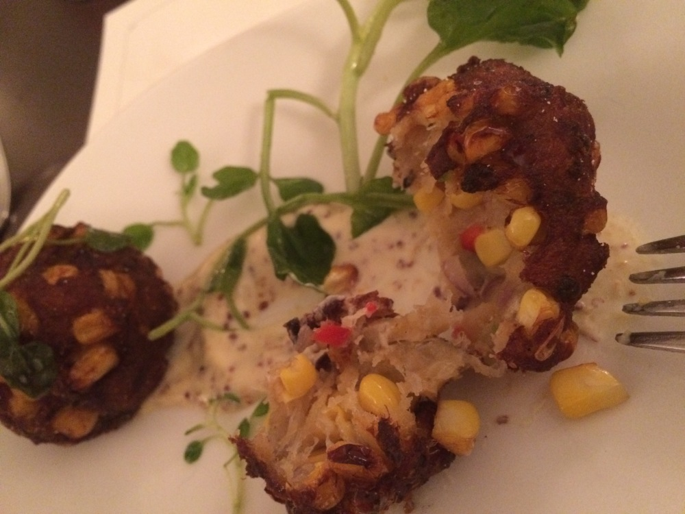 Inn on the Square #innonthesquare @uptowngreenwood #foodiefriday (1/6)